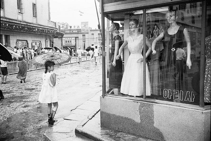04_한영수, 서울, 1956-1963(©한영수문화재단).jpg